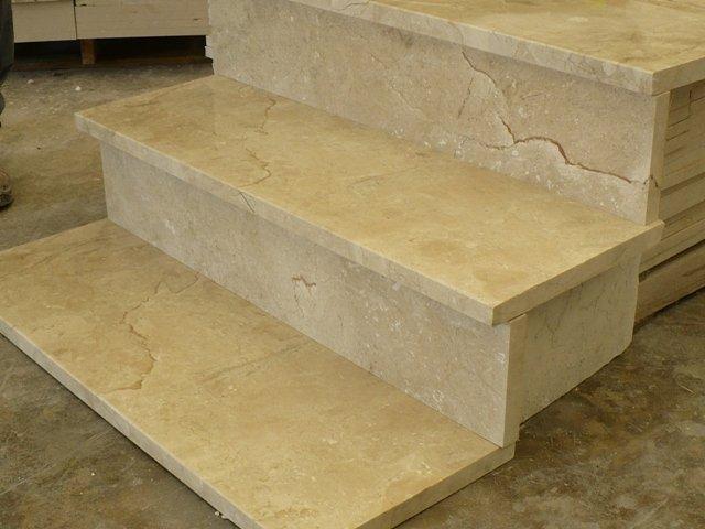 Spain Crema Marfil Marble Stairscase-ShiyueStone