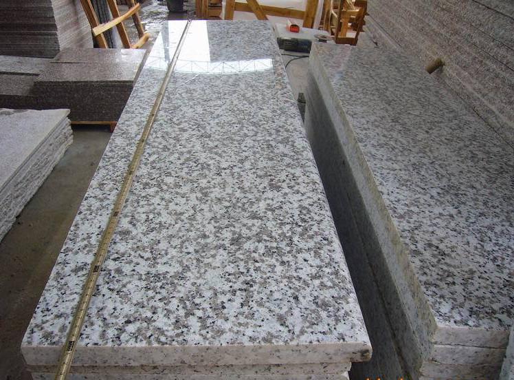 China G439 White Pearl Granite Stairs&Risers